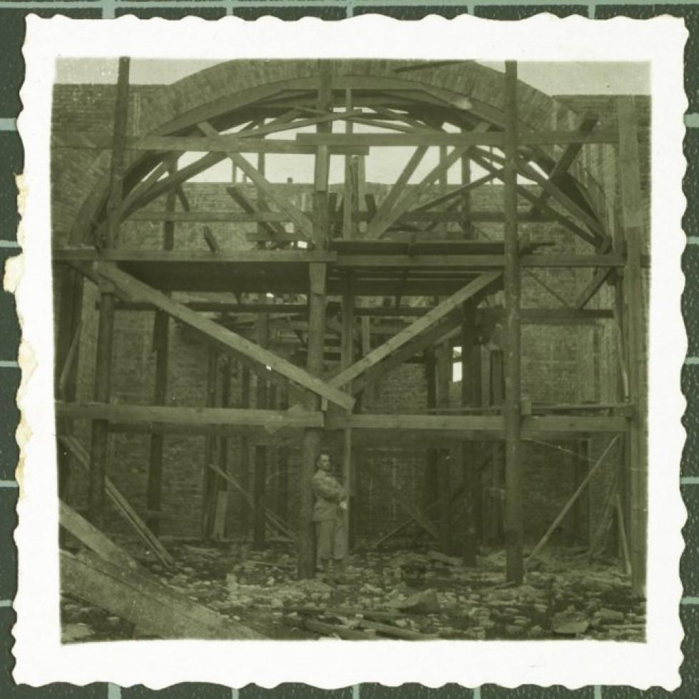 Будівництво костелу св.Аргентина. Фото 1930-х років.